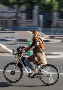 Le vélo électrique de ville, rapide et léger