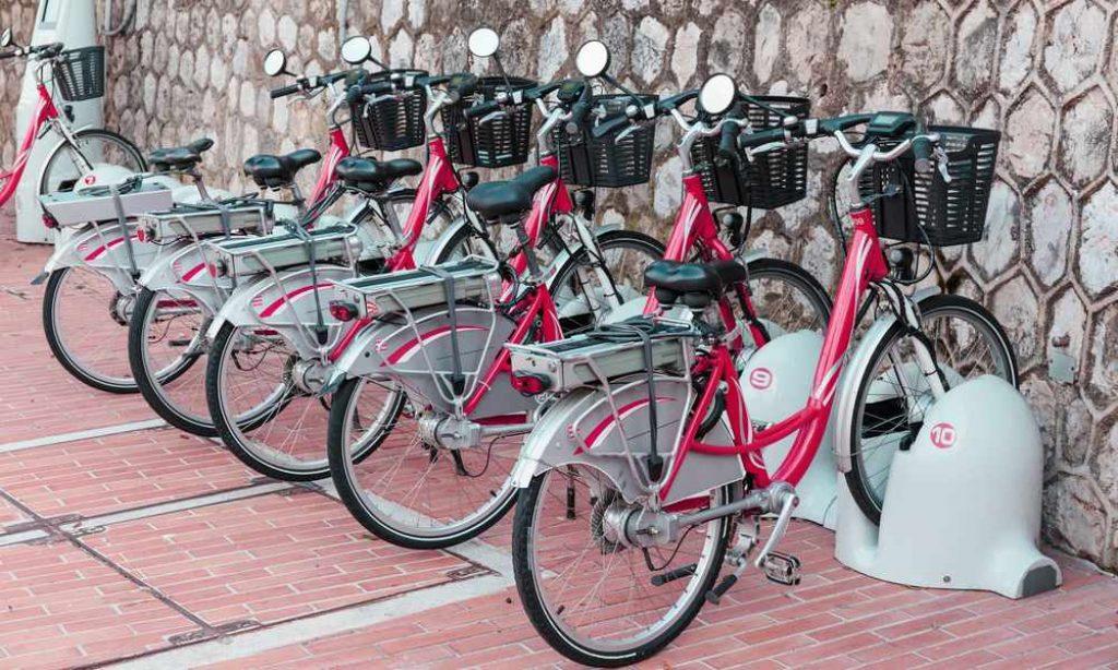 Louer un vélo électrique sur le court terme